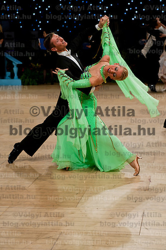 Alexandre Chalkevitch and Larissa Kerbel from Canada peform their dance during the professional ballroom competition of the UK Open Championships in Bournemouth, United Kingdom on January 23, 2008. ATTILA VOLGYI