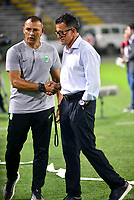 IBAGUE-COLOMBIA, 13-11-2019: Juan Carlos Osorio, técnico de Atlético Nacional, durante partido de la fecha 2 de los cuadrangulares semifinales entre Deportes Tolima y Atlético Nacional, por la Liga Águila II 2019 entre Deportes Tolima y Atlético Nacional,  jugado en el estadio Manuel Murillo Toro de la ciudad de la ciudad de Ibague. / Juan Carlos Osorio, coach of Atletico Nacional, during a match of the 2 date of the semifinals quarter finals between Deportes Tolima and Atletico Nacional, for the Aguila Leguaje II 2019  played at Manuel Murillo Toro stadium in Ibague city. Photo: VizzorImage / Juan Carlos Escobar / Cont.