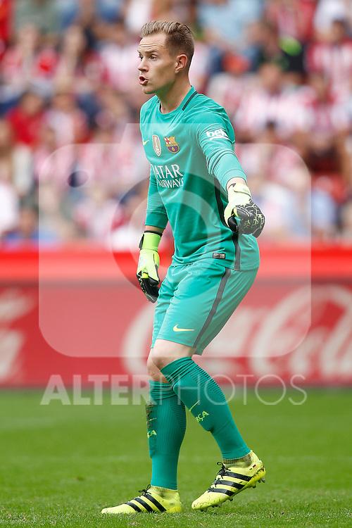 FC Barcelona's Marc-Andre Ter Stegen during La Liga match. September 24,2016. (ALTERPHOTOS/Acero)