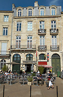 quai des chartrons restaurant terrace bordeaux france