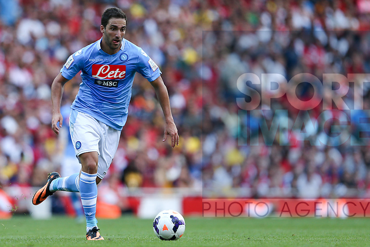 Napoli's Gonzalo Higuaín - Arsenal v Napoli - Emirates Cup - Day 1 - Emirates Stadium - London - 3rd August 2013 - Pic Charlie Forgham-Bailey/Sportimage