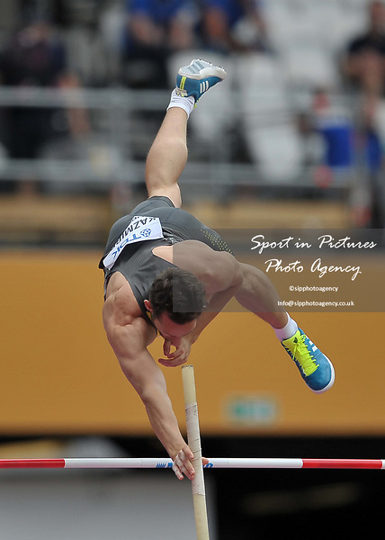 Kai KAZMIREK (GER) in the mens decathlon pole vault. IAAF world athletics championships. London Olympic stadium. Queen Elizabeth Olympic park. Stratford. London. UK. 12/08/2017. ~ MANDATORY CREDIT Garry Bowden/SIPPA - NO UNAUTHORISED USE - +44 7837 394578