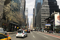 Fifth Avenue in New York - 11.04.2018: Sightseeing in New York