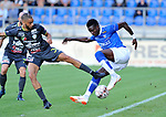 2018-08-11 / voetbal / seizoen 2018 - 2019 / Crocky Cup / ASV Geel - Tilleur / Tetteh Osah Bernardinho (r) (Geel) probeert zich vrij te kappen van Emilien Fransquet (l) (Tilleur)