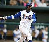April 17, 2009:  Right fielder Lorenzo Scott of the Jacksonville Suns, Southern League Class-AA affiliate of the Florida Marlins, during a game at the Baseball Grounds of Jacksonville in Jacksonville, FL.  Photo by:  Mike Janes/Four Seam Images