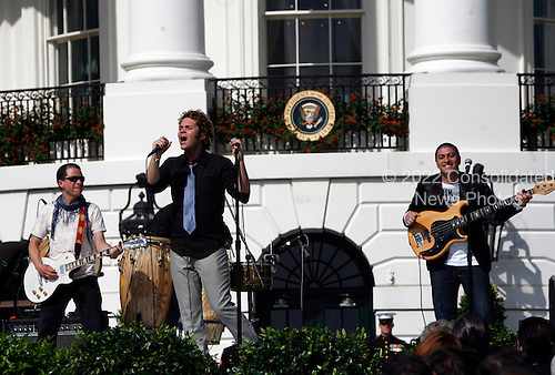 Andres Cabas and his musicians  performed during the Hispanic Heritage Month celebration on the South Lawn of the White House, in Washington DC, on October 09, 2008.<br /> Credit: Aude Guerrucci / Pool via CNP