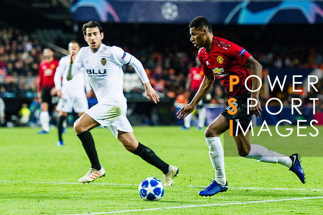 Marcus Rashford of Manchester United (R) runs with the ball during the UEFA Champions League 2018-19 match between Valencia CF and Manchester United at Estadio de Mestalla on December 12 2018 in Valencia, Spain. Photo by Maria Jose Segovia Carmona / Power Sport Images
