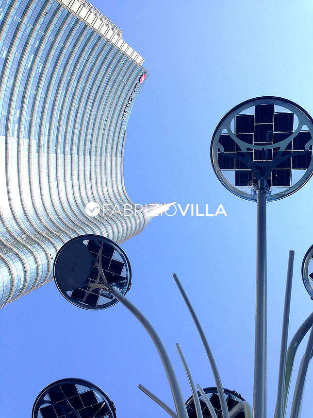 Milano, grattacielo Unicredit in piazza Gae Aulenti.