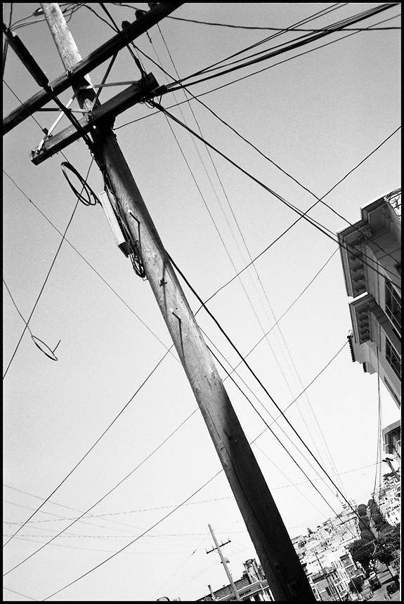 The pole and wire<br /> From &quot;Walking Downtown&quot; series. San Francisco, CA, 2007