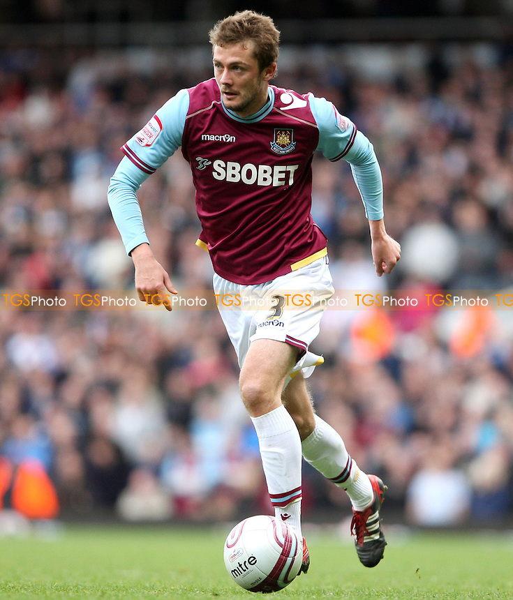 George McCartney of West Ham - West Ham United vs Reading, npower Championship at Upton Park, West Ham - 31/03/12 - MANDATORY CREDIT: Rob Newell/TGSPHOTO - Self billing applies where appropriate - 0845 094 6026 - contact@tgsphoto.co.uk - NO UNPAID USE..
