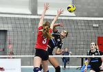 2018-03-10 / Volleybal / Seizoen 2017-2018 / Vrouwen Liga B Noorderkempen - Blaasveld / Nathalie Driesen (Noorderkempen) plaatst de bal naast het blok van C&eacute;line Gautier<br /> <br /> ,Foto: Mpics.be