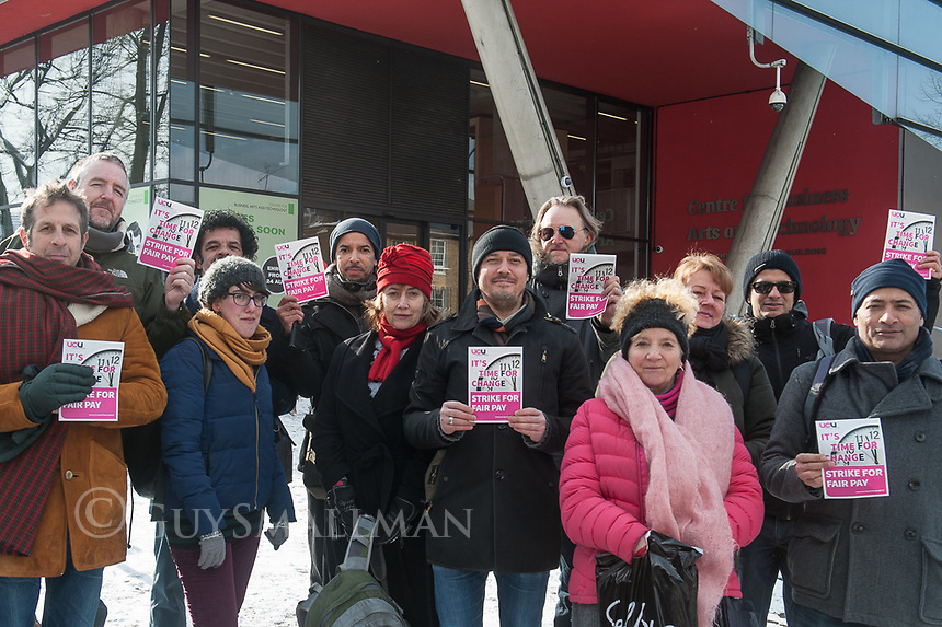 Lecturers at City & Islington College on the picketline during the UCU strike over changes to pensions. 28-2-18