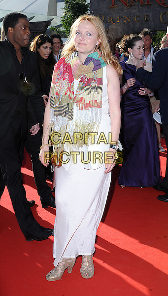 "MIRANDA RICHARDSON.attending the European Premiere of ""The Chronicles Of Narnia: Prince Caspian"" at the O2 Arena, London, England, 19th June 2008..full length white dress pink green print patterned scarf woven.CAP/BEL.©Tom Belcher/Capital Pictures"