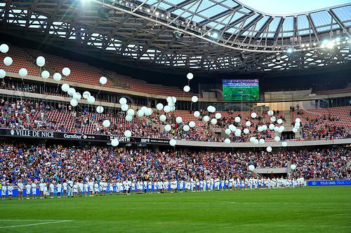 Hommage aux victimes des attentats de Nice - Lache de ballons