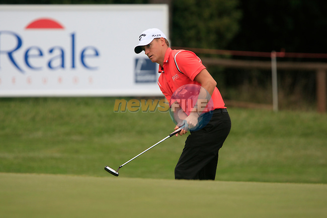 Alexander Noren (SWE) in action on the 18th green during Day 3 of the Open de Espana at Real Club De Golf El Prat, Terrasa, Barcelona, 7th May 2011. (Photo Eoin Clarke/Golffile 2011)