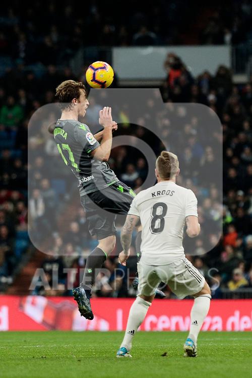 Real Madrid's Toni Kroos and Real Sociedad's David Zurutuza during La Liga match between Real Madrid and Real Sociedad at Santiago Bernabeu Stadium in Madrid, Spain. January 06, 2019. (ALTERPHOTOS/A. Perez Meca)<br />  (ALTERPHOTOS/A. Perez Meca)
