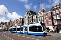 Nederland - Amsterdam-  2020. Rustig op het Damrak.Tram.    Foto Berlinda van Dam / ANP / Hollandse Hoogte