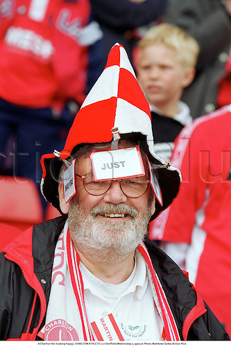 A Charlton fan looking happy, CHARLTON ATHLETIC 0 v Sheffield Wednesday 1, 990516 Photo:Matthew Clarke/Action Plus...1999.crowd.soccer supporter.fans.spectator.football