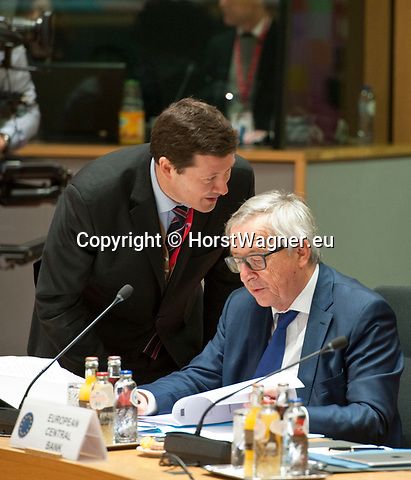 Brussels, Belgium -- March 23, 2018 -- European Council / Summit, meeting of Heads of State / Government at the Europa building - seat of the European Council and Council of the European Union; here, Jean-Claude Juncker (ri), President of the European Commission, with the newly appointed Secretary-General of the European Commission, Martin Selmayr (le) -- Photo: © HorstWagner.eu