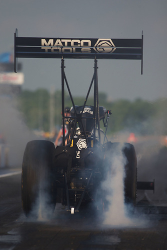 NHRA Mello Yello Drag Racing Series<br /> NHRA Four-Wide Nationals<br /> zMAX Dragway, Concord, NC USA<br /> Friday 28 April 2017<br /> Antron Brown, Matco Tools, Top Fuel Dragster<br /> World Copyright: Jason Zindroski<br /> HighRev Photography