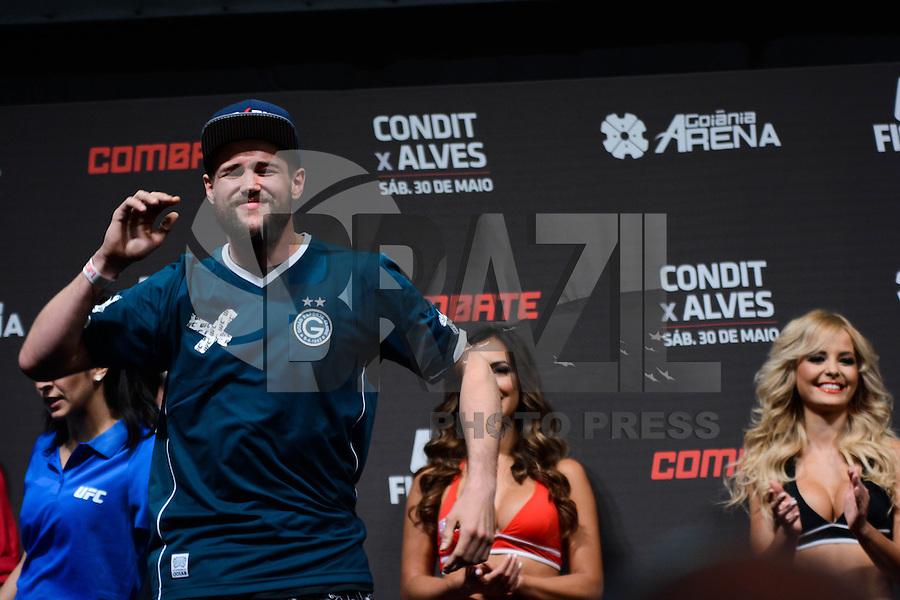 GOIÂNIA, GO, 29.05.2015 – UFC-GOIÂNIA – Nicolas Dalby  durante pesagem para o UFC Goiânia no Goiânia Arena em Goiânia na tarde desta sexta-feira, 29. (Foto: Ricardo Botelho / Brazil Photo Press)