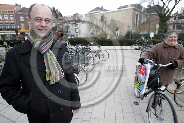 HASSELT - BELGIUM - 02 MARCH 2006 -- The city of Hasselt has introduced a free puplic transport service since 1997. -- Marc VERACHTERT, spokesman for Hasselt council says thatb the city is as well promoting people to use bicycles. -- PHOTO: JUHA ROININEN / EUP-IMAGES