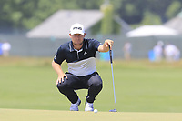 Tyrrell Hatton (ENG) lines up his putt on the 8th green during Saturday's Round 3 of the 118th U.S. Open Championship 2018, held at Shinnecock Hills Club, Southampton, New Jersey, USA. 16th June 2018.<br /> Picture: Eoin Clarke | Golffile<br /> <br /> <br /> All photos usage must carry mandatory copyright credit (&copy; Golffile | Eoin Clarke)