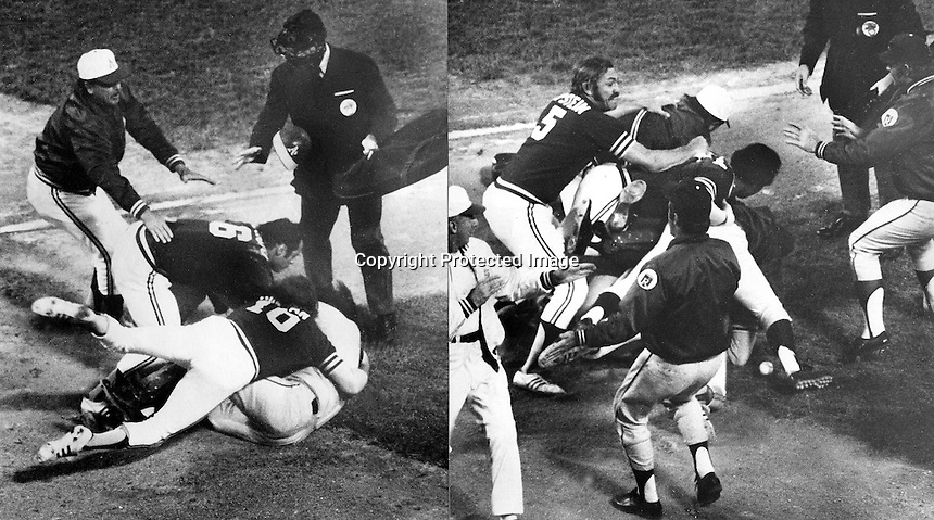 Oakland A's and Kansas City Royals fight:<br />