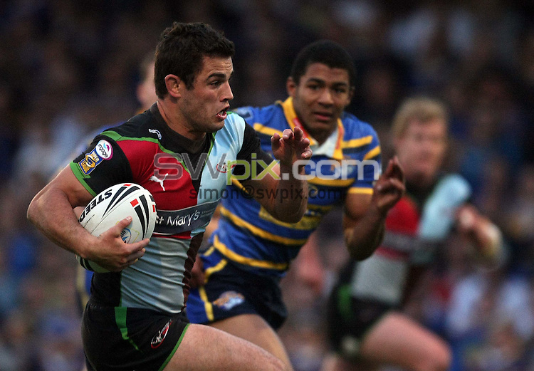 PICTURE BY VAUGHN RIDLEY/SWPIX.COM - Rugby League - Superleague - Leeds v Harlequins - Headingley, Leeds, England  - 24/04/09...Copyright - Simon Wilkinson - 07811267706...Harlequins Chad Randall runs in to score a try.