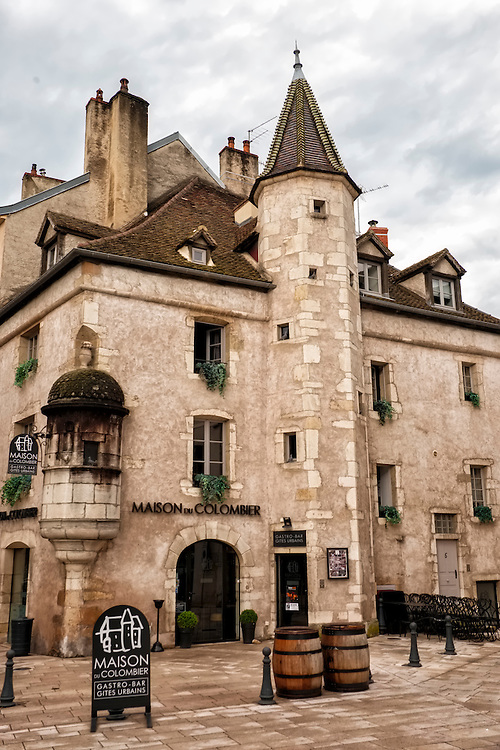 Beautiful stone masonry highlights the exterior of this building in Burgundy's city of Beaune.