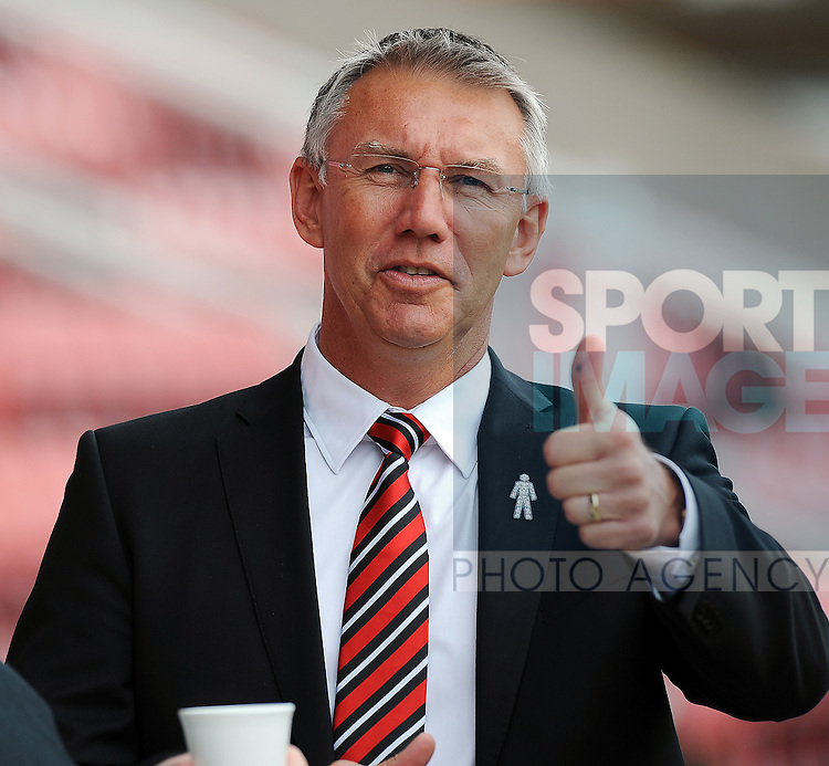 Sheffield United Manager Nigel Adkins<br /> - Sky Bet League One - Swindon Town vs Sheffield United - The County Ground - Swindon - England - 29th August 2015 - <br /> --------------------