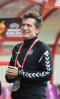 20170806 - ENSCHEDE , NETHERLANDS : Danish coach Nils Nielsen  pictured during the female soccer game between The Netherlands and Denmark  , the final at the Women's Euro 2017 , European Championship in The Netherlands 2017 , Sunday 6th of August 2017 at Grolsch Veste Stadion FC Twente in Enschede , The Netherlands PHOTO SPORTPIX.BE | DIRK VUYLSTEKE