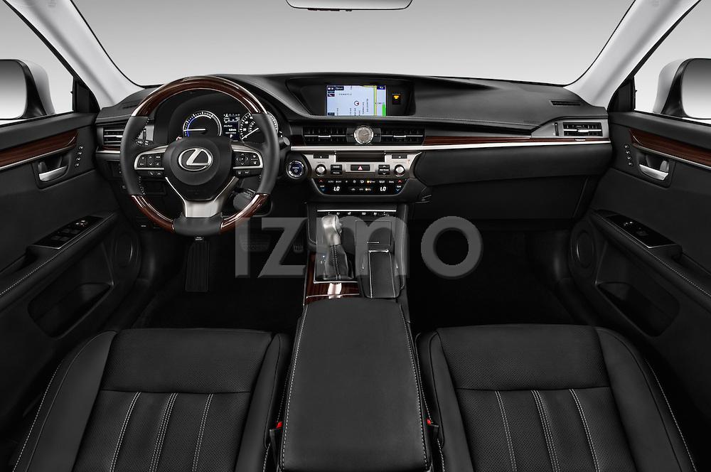 Stock photo of straight dashboard view of 2018 Lexus ES 300h 4 Door Sedan Dashboard