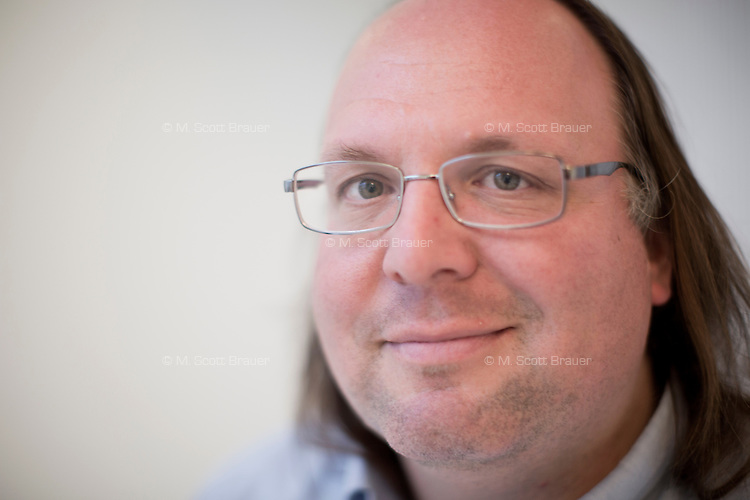 Professor Ethan Zuckerman is the director of the Center for Civic Media at MIT's Media Lab and co-founder of Global Voices, a multi-lingual online news and blogging service.