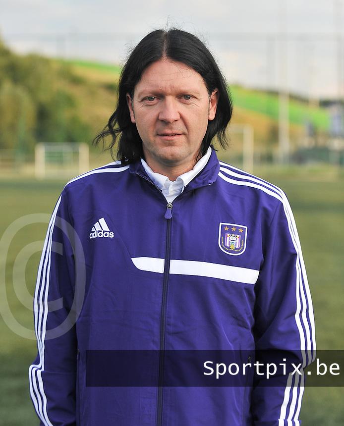 RSC Anderlecht Dames : Filip De Winne<br /> foto David Catry / nikonpro.be