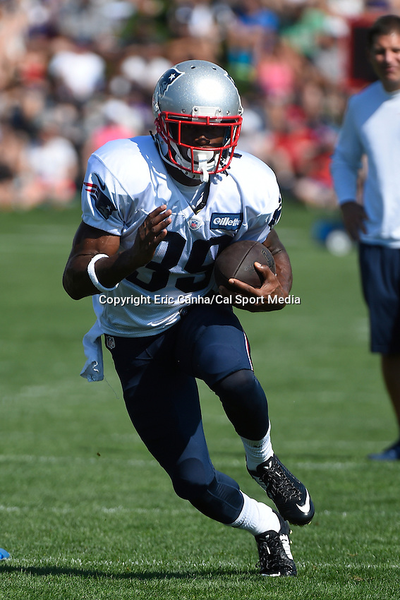 August 1, 2015, Foxborough, MA -  New England Patriots running back Travaris Cadet (39) runs with the ball during the New England Patriots training camp held on the practice field at Gillette Stadium. Eric Canha/CSM