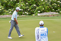 Kevin Kisner (USA) watches his putt on 2 during day 5 of the World Golf Championships, Dell Match Play, Austin Country Club, Austin, Texas. 3/25/2018.<br /> Picture: Golffile | Ken Murray<br /> <br /> <br /> All photo usage must carry mandatory copyright credit (&copy; Golffile | Ken Murray)