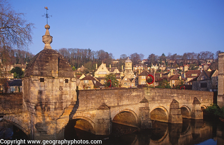 A1X0W3 Bradford on River Avon bridge and limestone buildings Wiltshire England