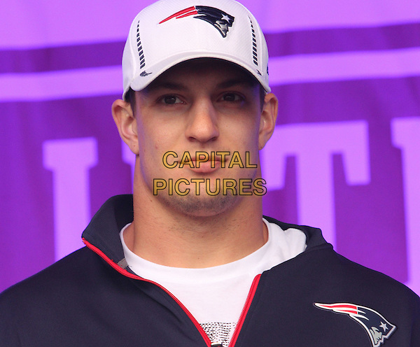 New England Patriots Rob Gronkowski.The NFL Fan Rally in Trafalgar Square hosted by Sky Sports NFL presenters before the game on Sunday between St. Louis Rams and the New England Patriots at Wembley Stadium. London, England..October 27th 2012 .headshot portrait black white baseball cap hat.CAP/JIL.©Jill Mayhew/Capital Pictures