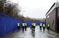 Pictured: Police from Newport Central Station were out searching for an 18 year old female Nida Ul-Nasser who has been missing sice 28th December 2013.  Police searching the street areas around the Maindee area. STOCK PICTURE<br />