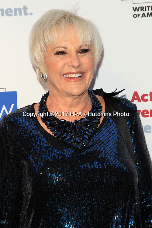 LOS ANGELES - JUN 11:  Lorna Luft at the Actors Fund's 21st Annual Tony Awards Viewing Party at the Skirball Cultural Center on June 11, 2017 in Los Angeles, CA