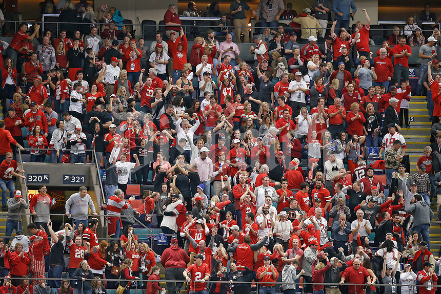 Ohio State Buckeyes fans cheer during the 4th quarter against Alabama Crimson Tide in the Allstate Sugar Bowl college football Playoff Semifinal game at the Mercedes-Benz Superdome in New Orleans, Louisiana on January 1, 2015.  (Dispatch photo by Kyle Robertson)