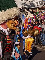Sackner beim Aufzug der Masken beim Nassereither Schellerlauf, Fasnacht in Nassereith, Bezirk Imst, Tirol, &Ouml;sterreich, Europa, immaterielles UNESCO Weltkulturerbe<br /> gathering of the masks, Nassereither Schellerlauf-Fasnacht, Nassereith, Tyrol, Austria Europe, Intangible World Heritage