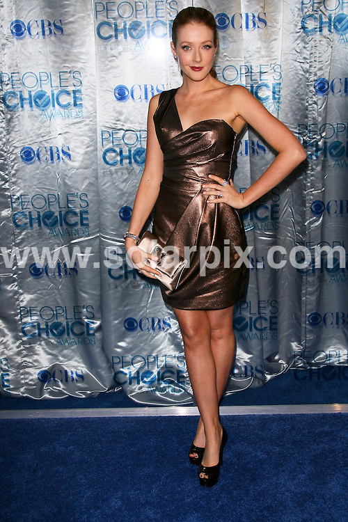 **ALL ROUND PICTURES FROM SOLARPIX.COM**                                             **SYNDICATION RIGHTS FOR UK, AUSTRALIA, DENMARK, PORTUGAL, S. AFRICA, SPAIN & DUBAI (U.A.E) & ASIA (EXCLUDING JAPAN) ONLY**                                                                                  Caption: Arrivals at the 2011 People's Choice Awards. Held at the Nokia Theatre L.A. Live, Los Angeles, USA. 5 January 2011                                                                              This pic: Jennifer Finnigan                                                                                           JOB REF: 12633 PHZ Charlotte      DATE: 05_01_2011                                                           **MUST CREDIT SOLARPIX.COM OR DOUBLE FEE WILL BE CHARGED**                                                                      **MUST AGREE FEE BEFORE ONLINE USAGE**                               **CALL US ON: +34 952 811 768 or LOW RATE FROM UK 0844 617 7637**