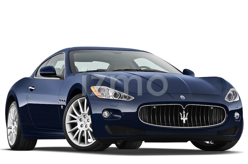 Low aggressive passenger side front three quarter view of a 2010 Maserati Granturismo S Automatic Coupe