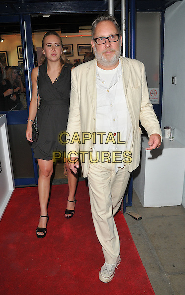 Alice Vincent Moir and Vic Reeves at the &quot;Remembering Elephants&quot; VIP private view, La Galleria Pall Mall, Pall Mall, London, England, UK, on Tuesday 20 September 2016.<br /> CAP/CAN<br /> &copy;CAN/Capital Pictures