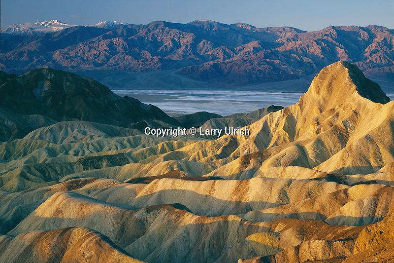 Badlands at sunrise<br />