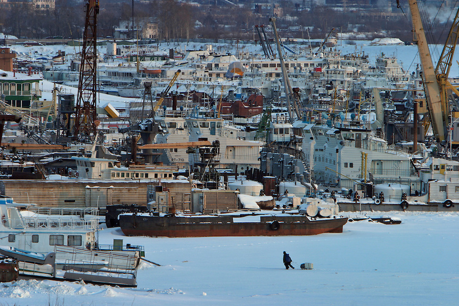 Khabarovsk, Russia, 01/03/2004.&#xD;The city is an important trading point for Russia and the far east; however the severe Siberian winter freezes the Amur River for months, leaving the city port unusable.&#xD;<br />