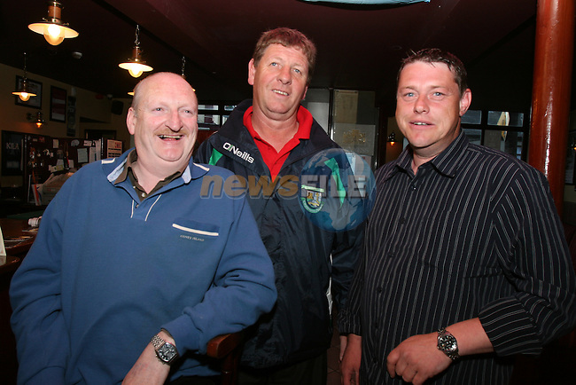 Val Woods, Steve McAuley and Finbar Devlin enjoying a night out in McHughs...Photo NEWSFILE/Jenny Matthews.(Photo credit should read Jenny Matthews/NEWSFILE)....This Picture has been sent you under the condtions enclosed by:.Newsfile Ltd..The Studio,.Millmount Abbey,.Drogheda,.Co Meath..Ireland..Tel: +353(0)41-9871240.Fax: +353(0)41-9871260.GSM: +353(0)86-2500958.email: pictures@newsfile.ie.www.newsfile.ie.FTP: 193.120.102.198.