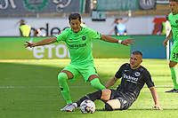 Ante Rebic (Eintracht Frankfurt) gegen Milko Albornoz (Hannover 96) - 30.09.2018: Eintracht Frankfurt vs. Hannover 96, Commerzbank Arena, DISCLAIMER: DFL regulations prohibit any use of photographs as image sequences and/or quasi-video.
